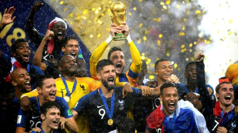 france-trophy-world-cup-final-croatia-1